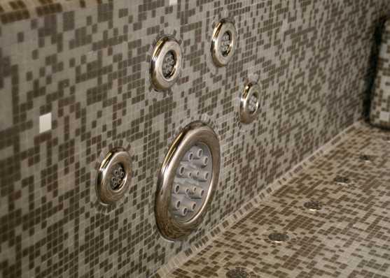 Düsen von Whirlpool Mosaik