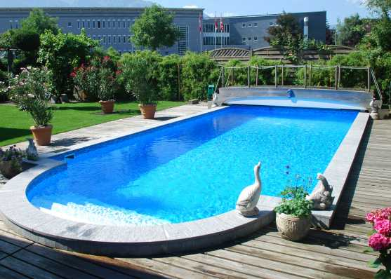 Schwimmbad mit Romatreppe und Folienauskleidung